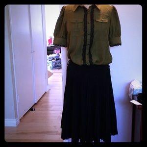 NWOT Forever 21 black pleated cotton skirt